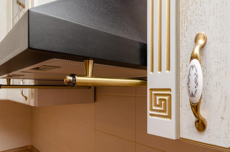 Белый кухонный гарнитур-Кухня из шпона «Модель 4»-фото9