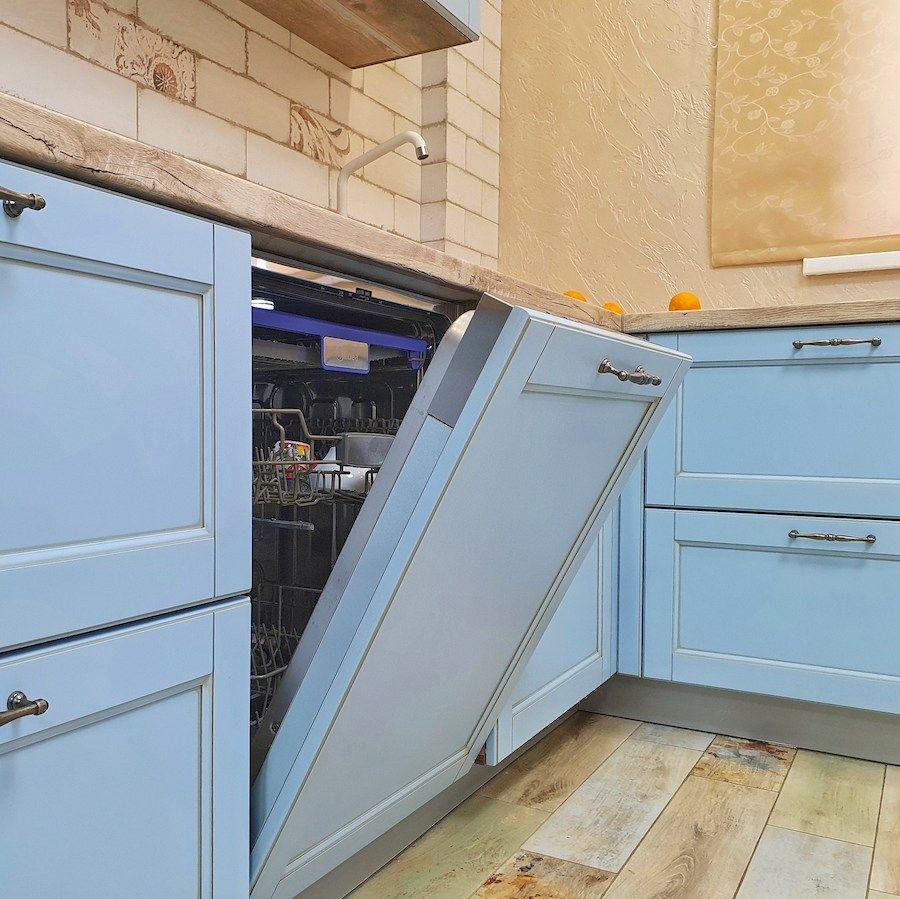 Классические кухни-Кухня МДФ в эмали «Модель 524»-фото9
