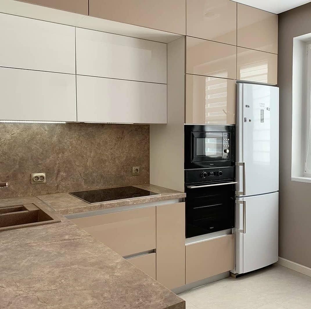 Бежевые кухни-Кухня из пластика «Модель 633»-фото2